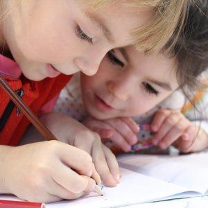 Школьники. Фото: pixabay.com.