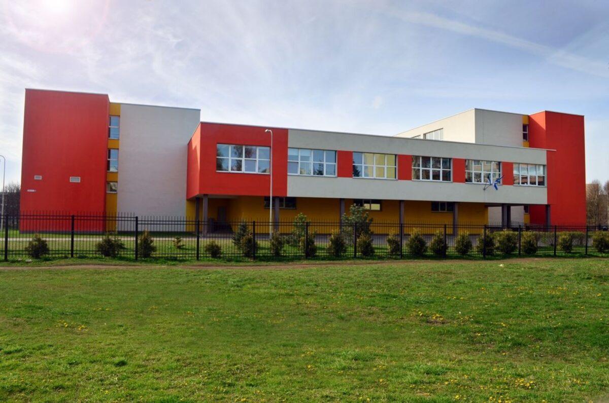 История Махтраской основной школы датируется с 1 сентября 1983 года. Источник фото: Facebook.